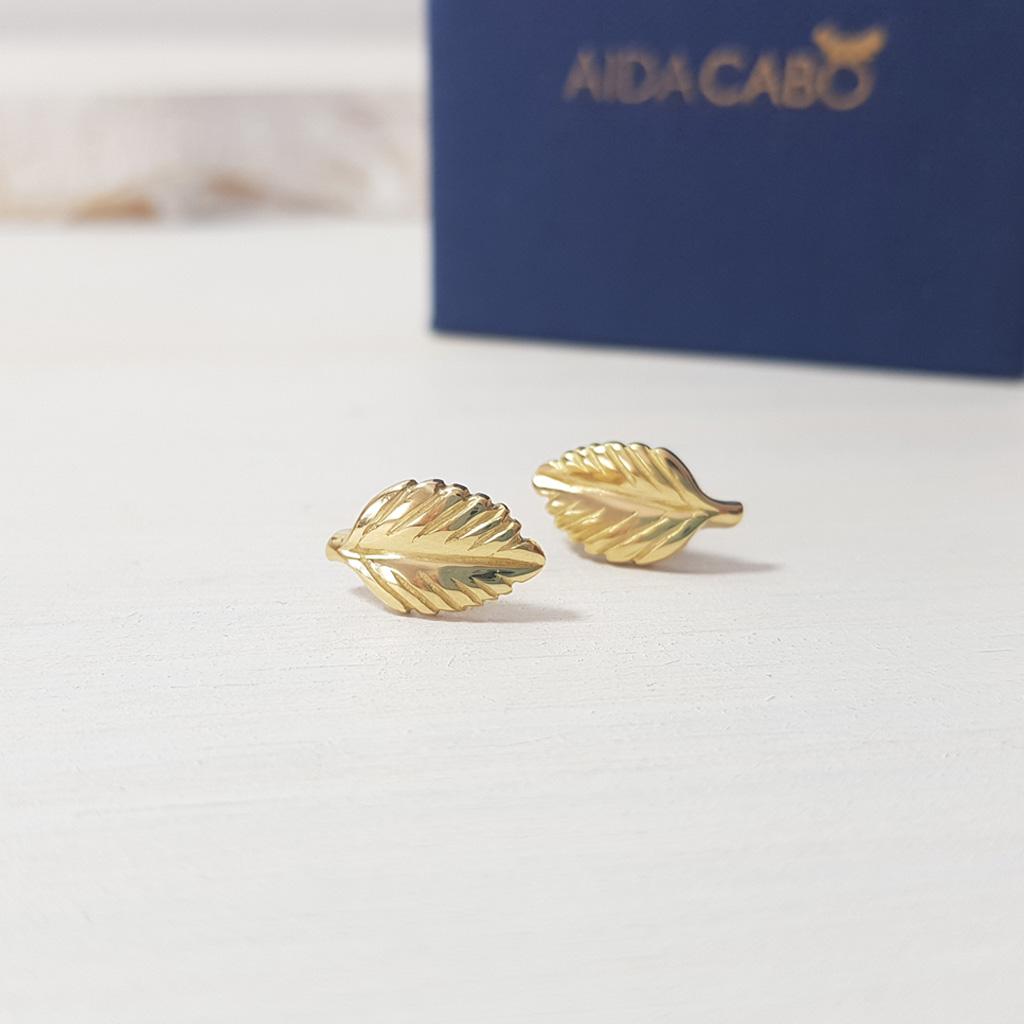 a51e32850f2f Aida Cabo Joyería Artesanal - Pendientes de oro 18 k - Hojas -1